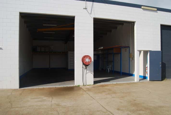 7/16 Carlo Drive Cannonvale QLD 4802 - Image 1