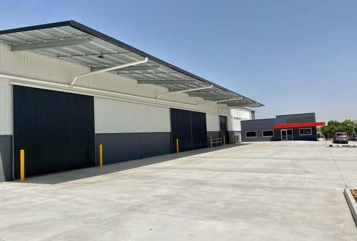 2 Telford Circuit Yatala QLD 4207 - Image 1