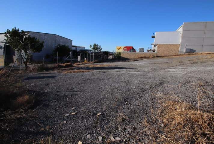 23 Waynote Place Unanderra NSW 2526 - Image 1