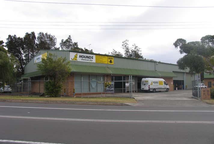 135 Glastonbury Avenue Unanderra NSW 2526 - Image 1