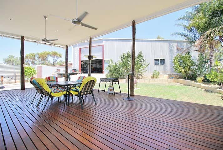 18 York Road Northam WA 6401 - Image 1