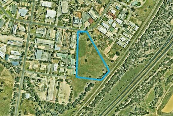 69 Catherine Crescent Lavington NSW 2641 - Image 1