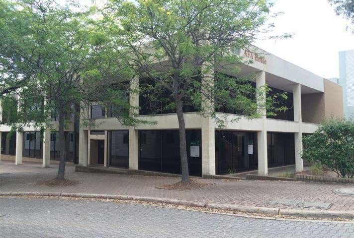 Unit 2, 39 Geils Court Deakin ACT 2600 - Image 1