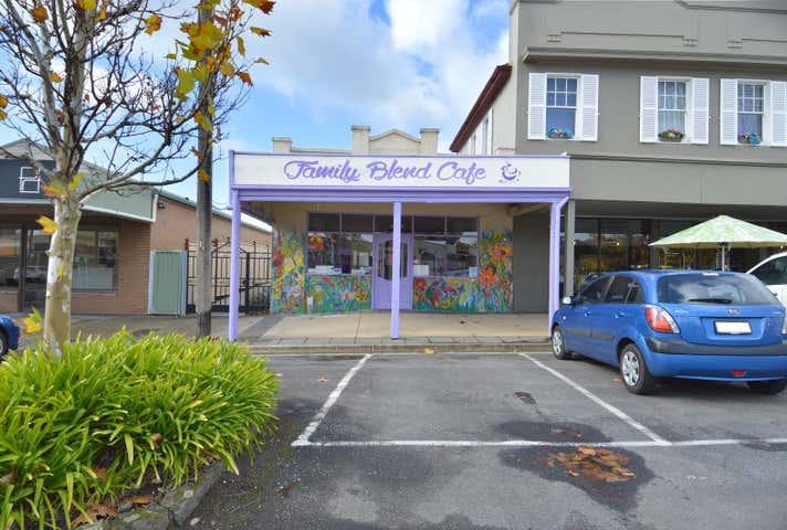 Family Blend cafe, 84 Albert Street Creswick VIC 3363 - Image 1