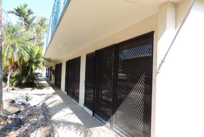 Shop 4, 99 Musgrave Street Berserker QLD 4701 - Image 1