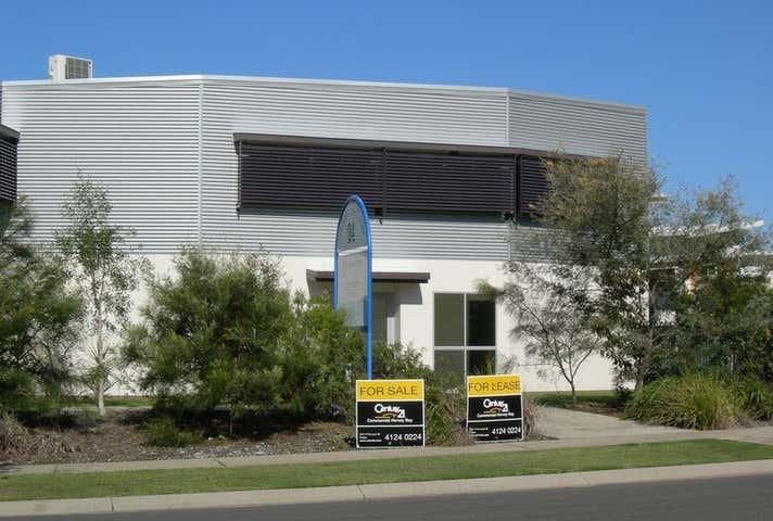 2/24 Southern Cross Circuit Urangan QLD 4655 - Image 1