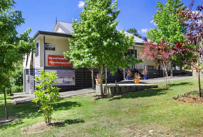 Body Isle Day Spa, 14 Forest Street Hepburn Springs VIC 3461 - Image 1