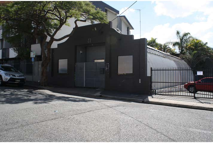 23 Warry Street Spring Hill QLD 4000 - Image 1