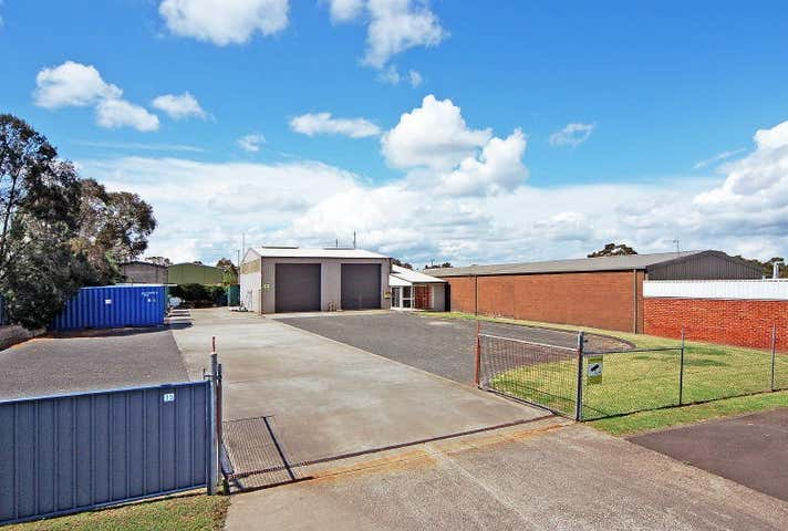 15 Geary Place, North Nowra, NSW 2541