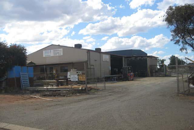 25 Oroya Street South Boulder WA 6432 - Image 1