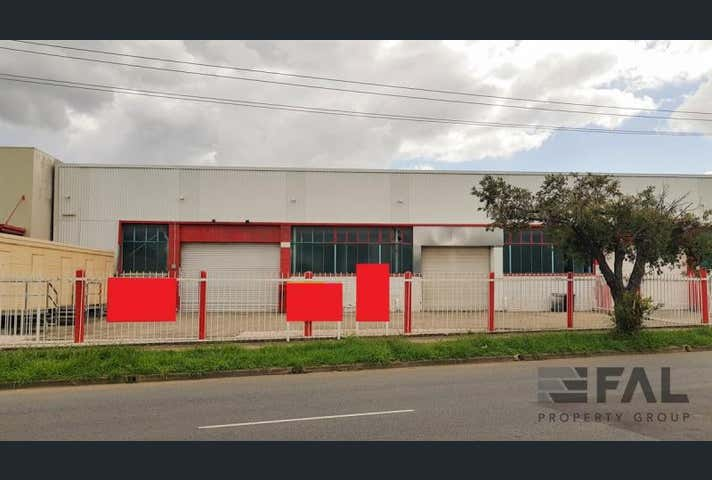 Unit  1, 1130 Kingsford Smith Drive Eagle Farm QLD 4009 - Image 1