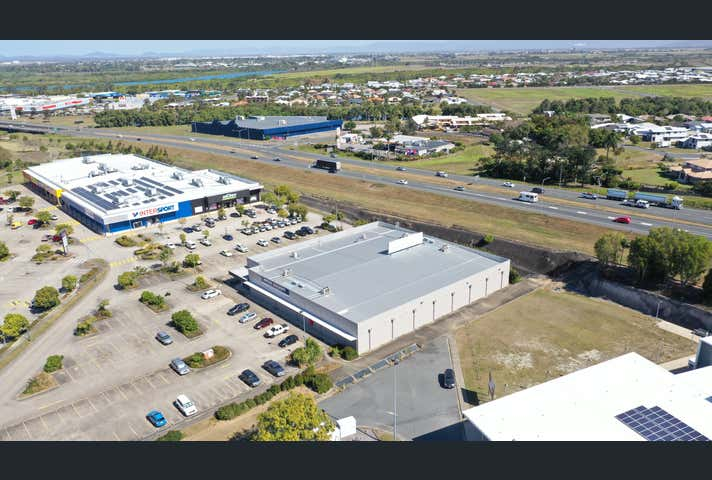 16 Greenfield Boulevard Mackay QLD 4740 - Image 1
