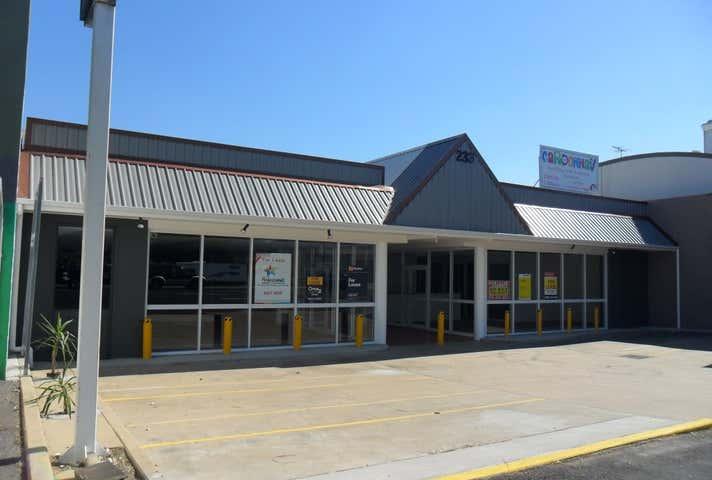 Shop 4/233 Musgrave Street Berserker QLD 4701 - Image 1