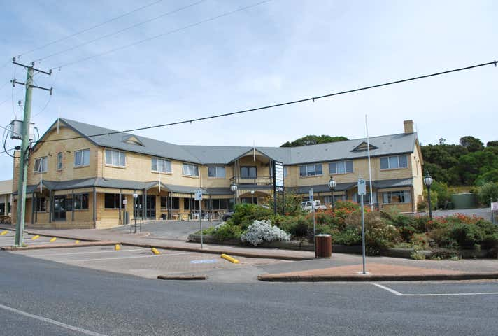 King Island Hotel, 7 Main Street Currie TAS 7256 - Image 1