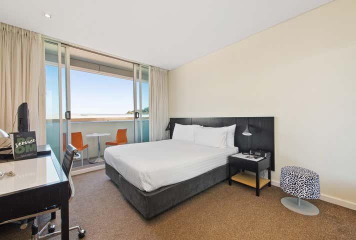82/33 Mounts Bay Road Perth WA 6000 - Image 1