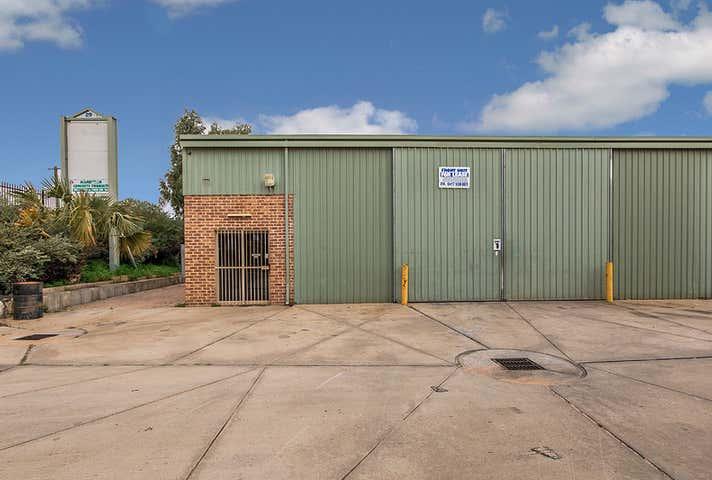 29 Thornborough Road Greenfields WA 6210 - Image 1