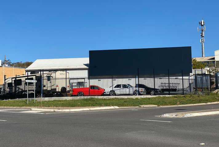 3/5 Gregory Street Queanbeyan West NSW 2620 - Image 1