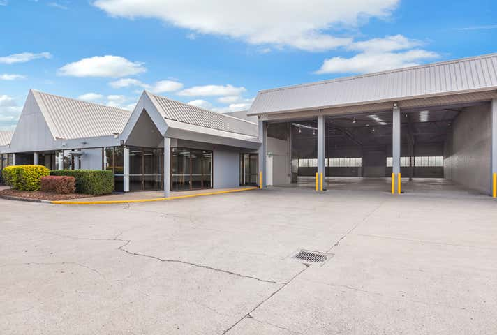 Warehouse, Factory & Industrial Property For Lease in Lyons