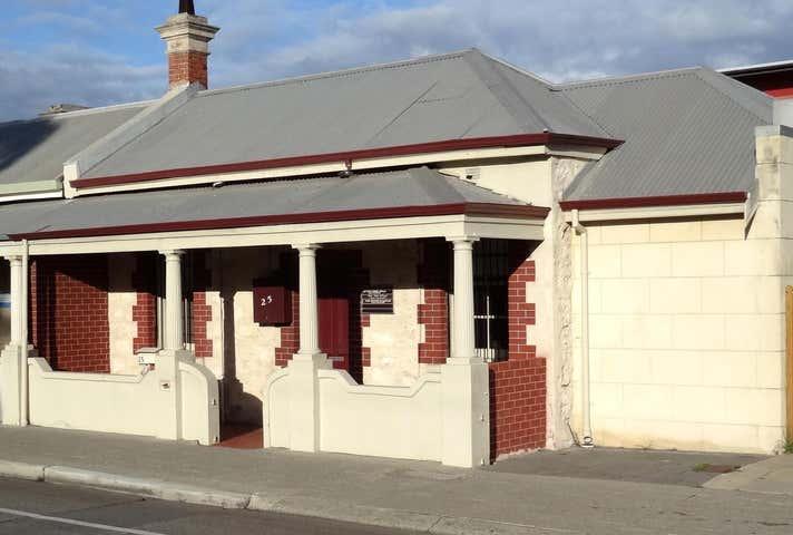 25 Parry St Fremantle WA 6160 - Image 1