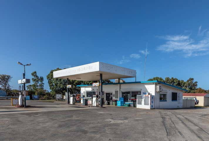 104 Lincoln Highway North Shields SA 5607 - Image 1