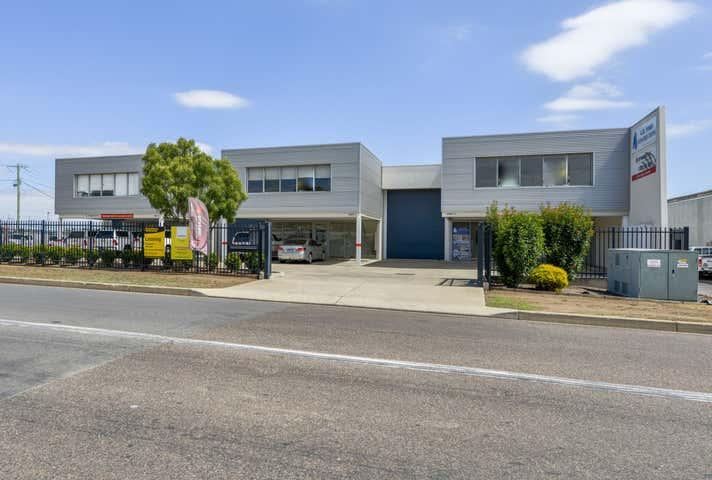 2/85 Barnes Street Tamworth NSW 2340 - Image 1