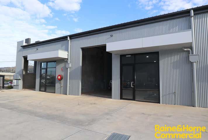 2/13 Jones Street Wagga Wagga NSW 2650 - Image 1