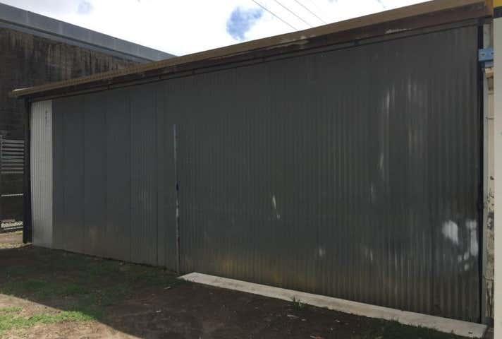 1/8 Hume Street Mackay QLD 4740 - Image 1
