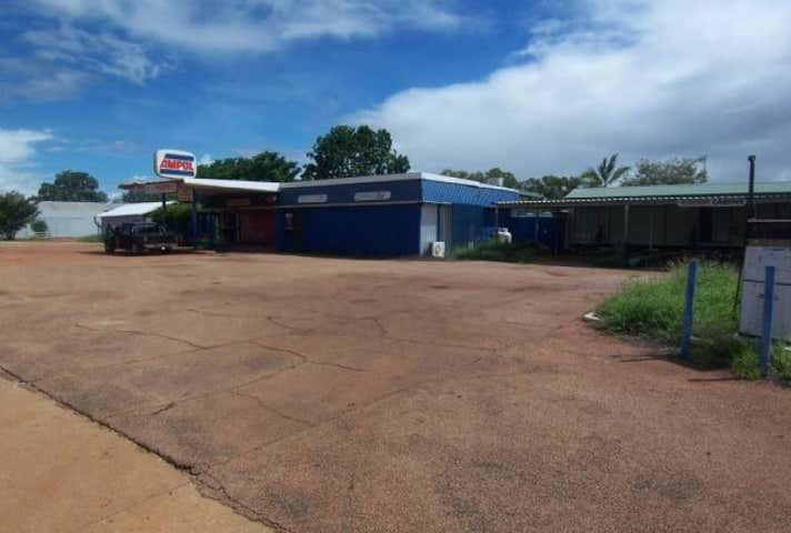 Ampol Elliott Roadhouse, 1 Stuart Highway Elliott NT 0862 - Image 1