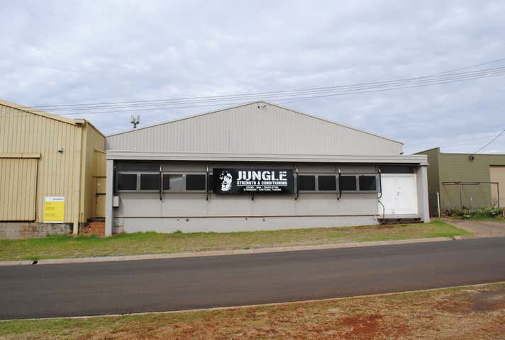 12 Makepeace Street Rockville QLD 4350 - Image 1