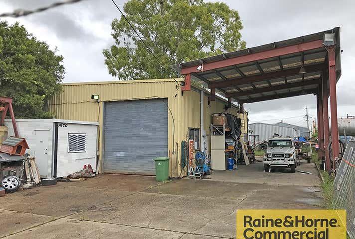 33 Storie Street Clontarf QLD 4019 - Image 1