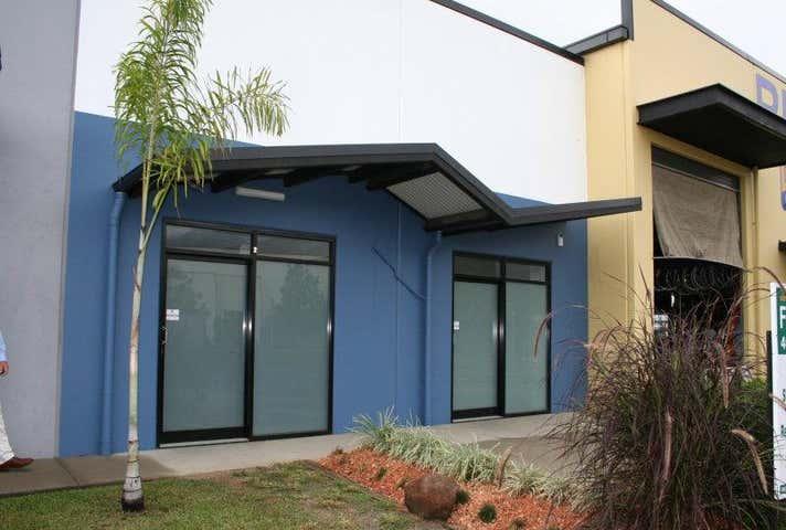 Unit 2, 14 Mt Milman Drive Smithfield QLD 4878 - Image 1