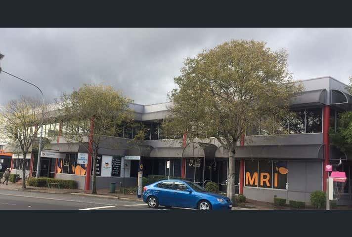 6 & 7, 82-84 Queen St, Campbelltown, NSW 2560