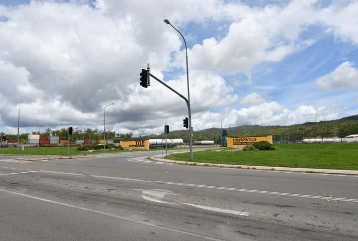 13 Kupfer Drive Roseneath QLD 4811 - Image 1