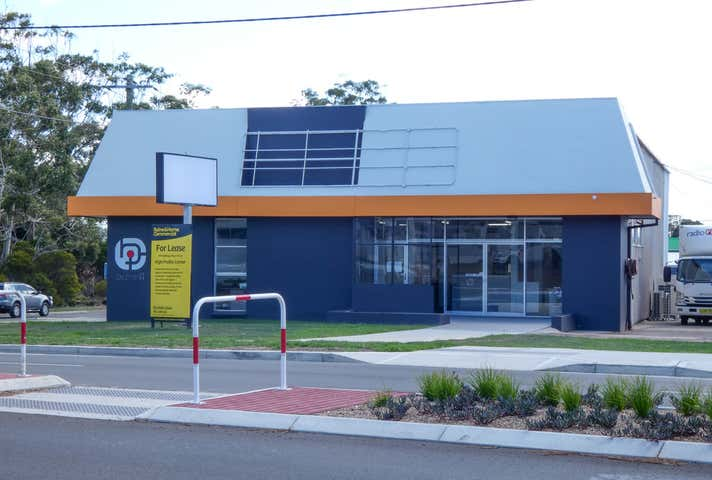 (L) Unit 1, 99 Hastings River Drive (Cnr Newport Island Road) Port Macquarie NSW 2444 - Image 1