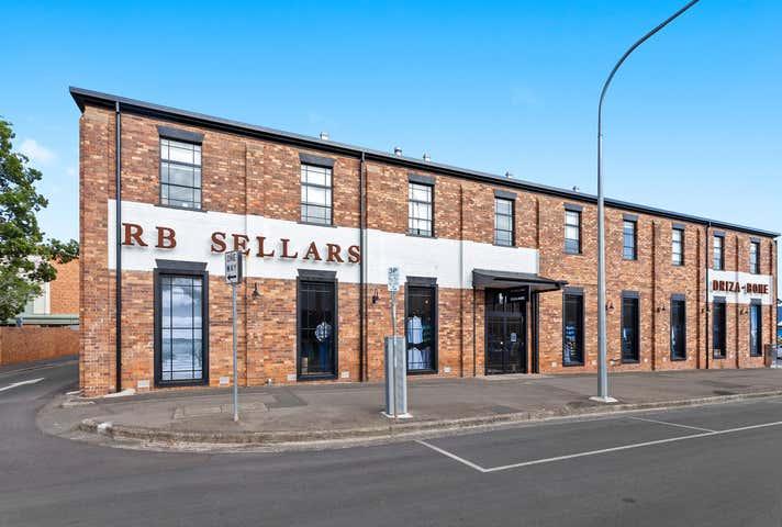 11 Annand Street Toowoomba City QLD 4350 - Image 1