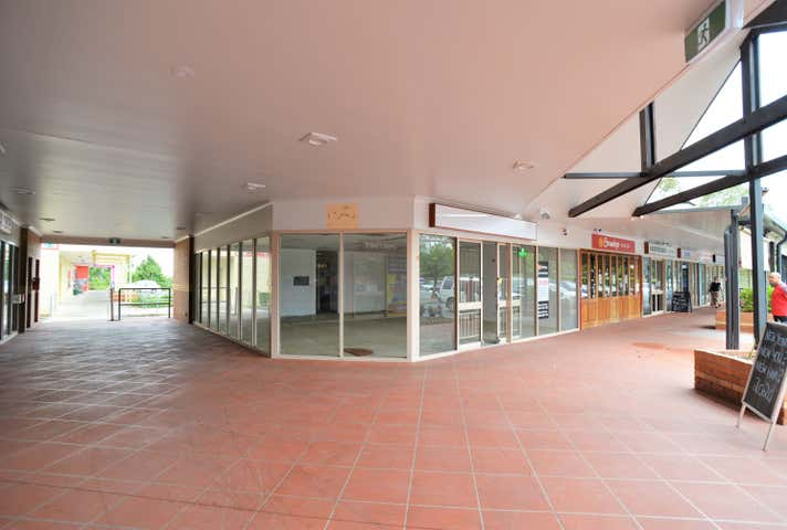 Shop 8/ 85-89 Coronation Road Hillcrest QLD 4118 - Image 1