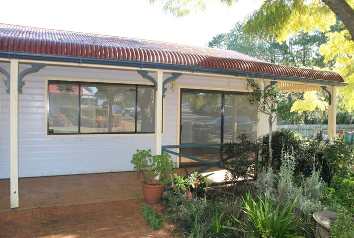 Suite 7, 10476 New England Highway Highfields QLD 4352 - Image 1