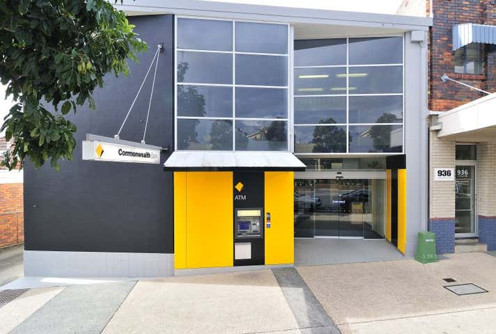 934 Logan Road Holland Park West QLD 4121 - Image 1