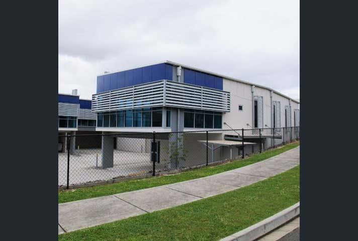 Unit 5/17 Bluestone Circuit Seventeen Mile Rocks QLD 4073 - Image 1