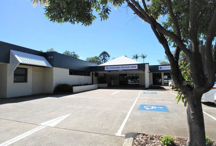 6/9 Scott Street East Toowoomba QLD 4350 - Image 1