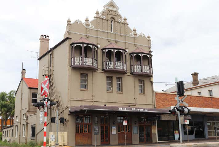 Norville Hotel, 70 Russell Street Toowoomba City QLD 4350 - Image 1