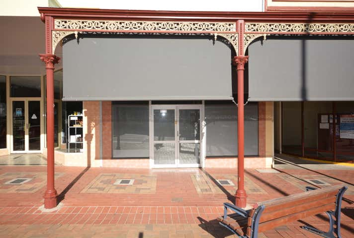 110 Main St Stawell VIC 3380 - Image 1