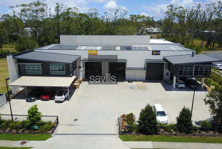 21 Hugo Place Mansfield QLD 4122 - Image 1