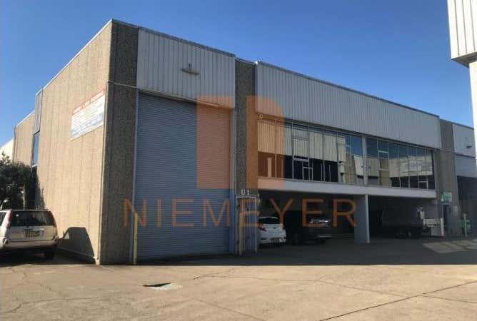 5 Kaleski Street Moorebank NSW 2170 - Image 1