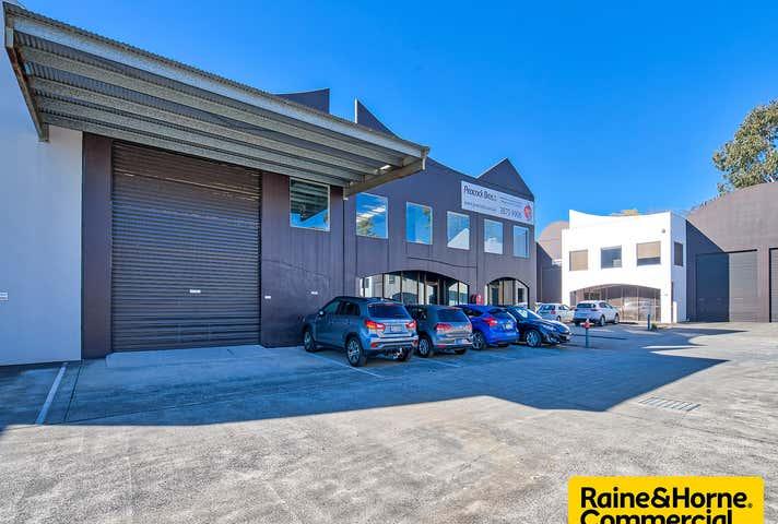 15/121 Kerry Road Archerfield QLD 4108 - Image 1