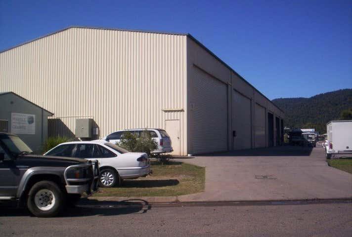 3/24 Carlo Drive Cannonvale QLD 4802 - Image 1