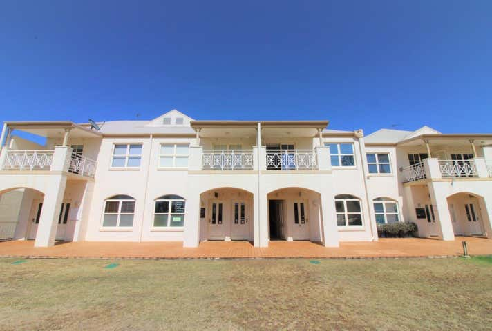 11/25 Isabel Street (120 Russell Street) Toowoomba City QLD 4350 - Image 1