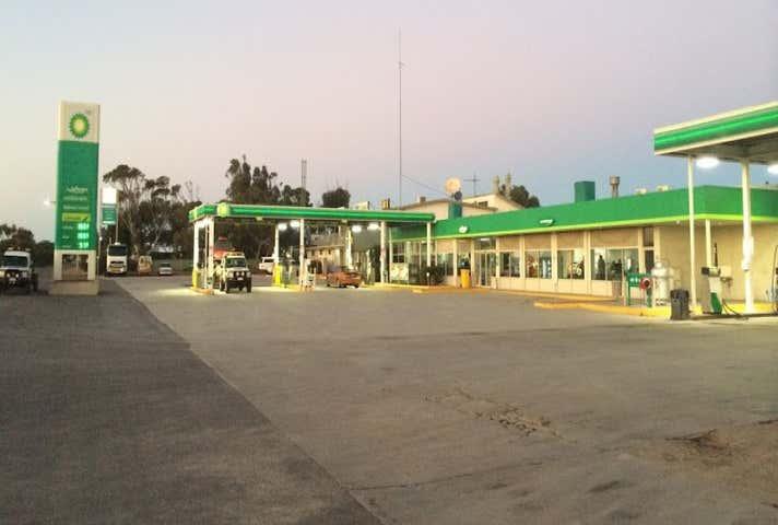 35 Eyre Highway Ceduna SA 5690 - Image 1