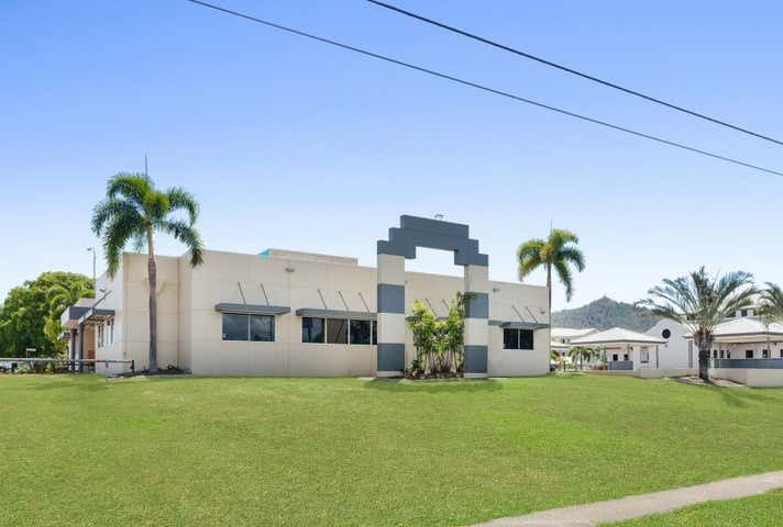 """13-15 Martinez Avenue """"The Lakes"""" Townsville City QLD 4810 - Image 1"""