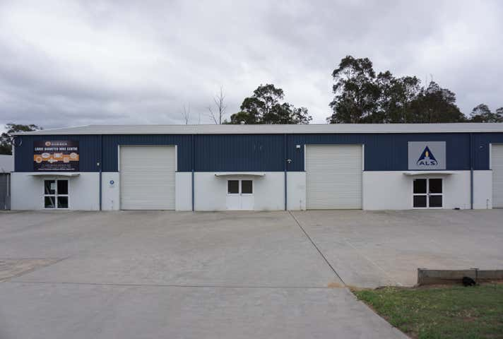 2/8 Mathry Close Maison Dieu NSW 2330 - Image 1